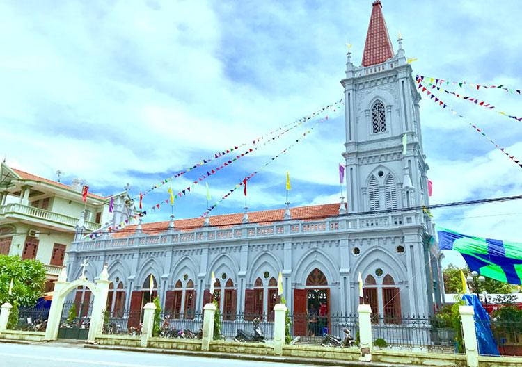 nhà thờ Công giáo ở Cô Tô