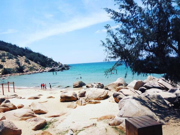 Bãi biển Trung Lương