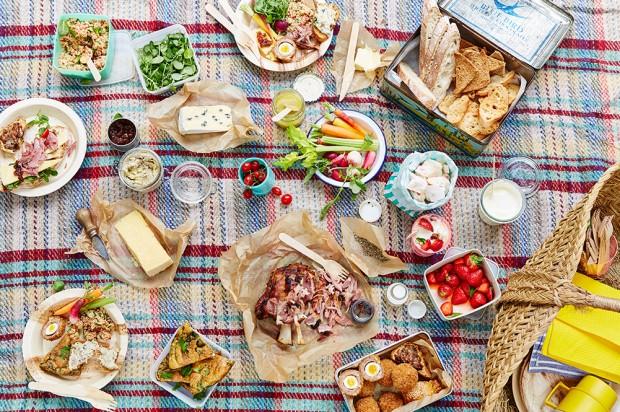 Thảm picnic đi biển