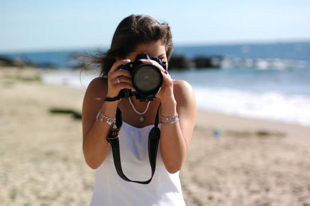 Máy ảnh đi biển
