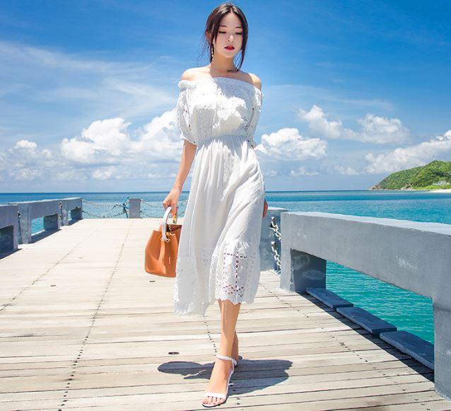 Trang phục đi biển hot nhất