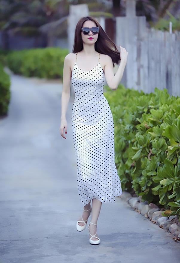Đầm bó sát